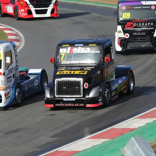 BrandsHatch2019_Team-Oliver-Racing (2).J
