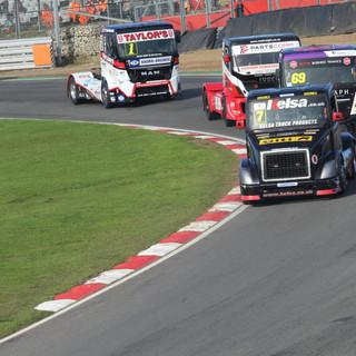 BrandsHatch2019_Team-Oliver-Racing (5).J
