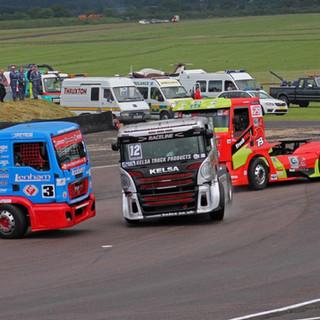 Thruxton2016_Team-Oliver-Racing.jpg