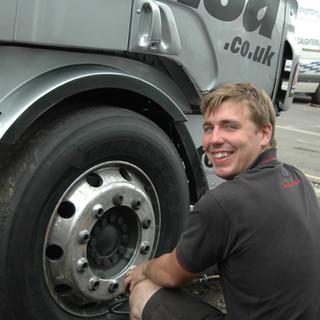 Thruxton2014_Team-Oliver-Racing.jpg