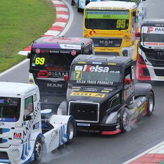 BrandsHatch2019_Team-Oliver-Racing (1).J