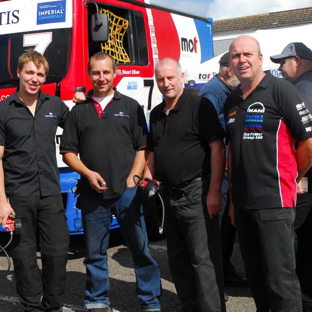 Donington2013_Team-Oliver-Racing.jpg