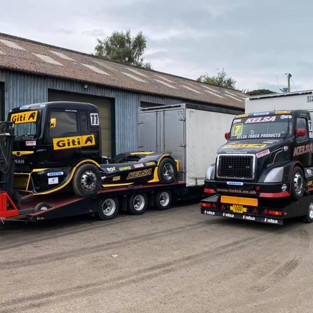 Team Oliver Racing 2020 (17).jpg