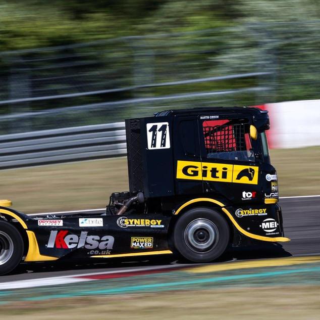 Thruxton2018-Team-Oliver-Racing (4).jpg