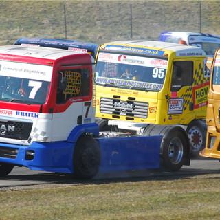 Thruxton2013_Team-Oliver-Racing (2).jpg
