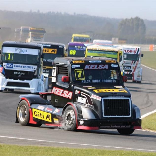 Team Oliver Racing 2020 (21).jpg