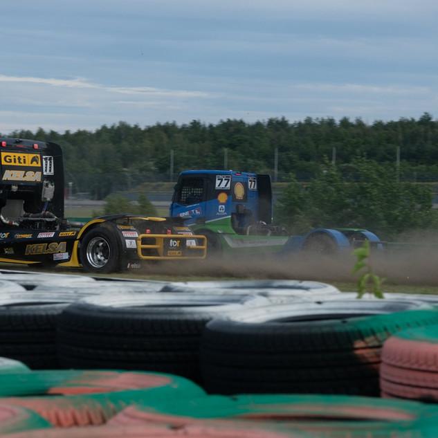 Team Oliver Racing 2020 (5).jpg