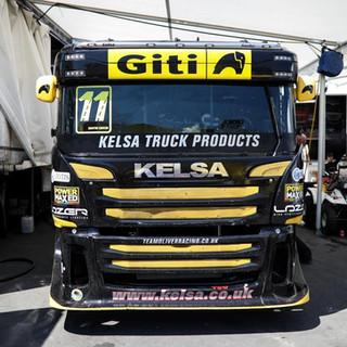 Thruxton2018-Team-Oliver-Racing (1).jpg