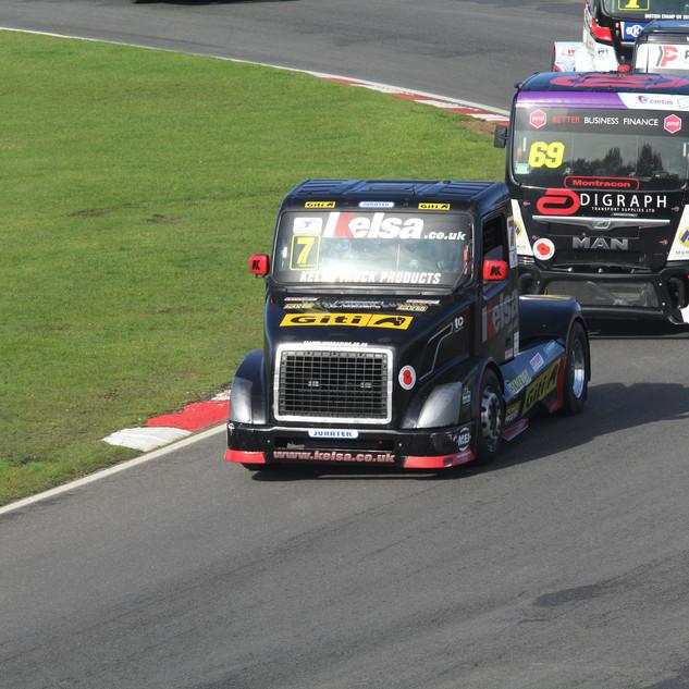 BrandsHatch2019_Team-Oliver-Racing (4).J