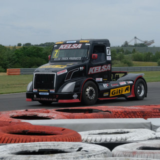 Team Oliver Racing 2020 (7).jpg