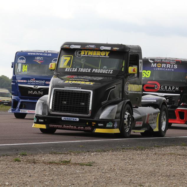 Thruxton2017-Team-Oliver-Racing (3).jpg
