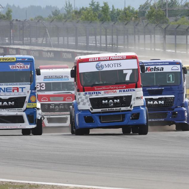 Nürburgring2013_Team-Oliver-Racing_(2).j