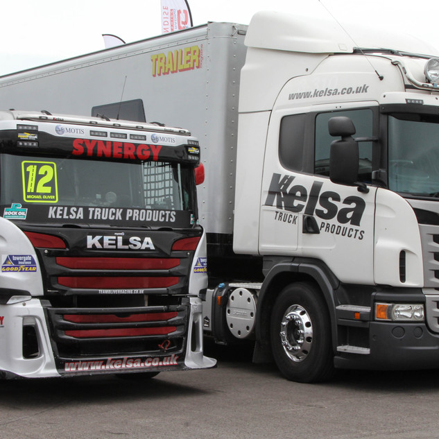 Thruxton2017-Team-Oliver-Racing.jpg