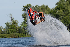 A fully optimised Yamaha Superjet with Rickter carbon hull makes freestyle tricks easy