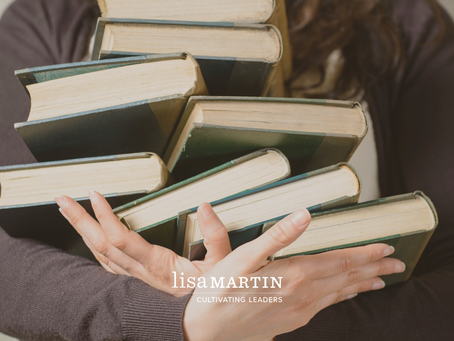 Lisa's Top 5 Leadership Authors (and why you want to read them)