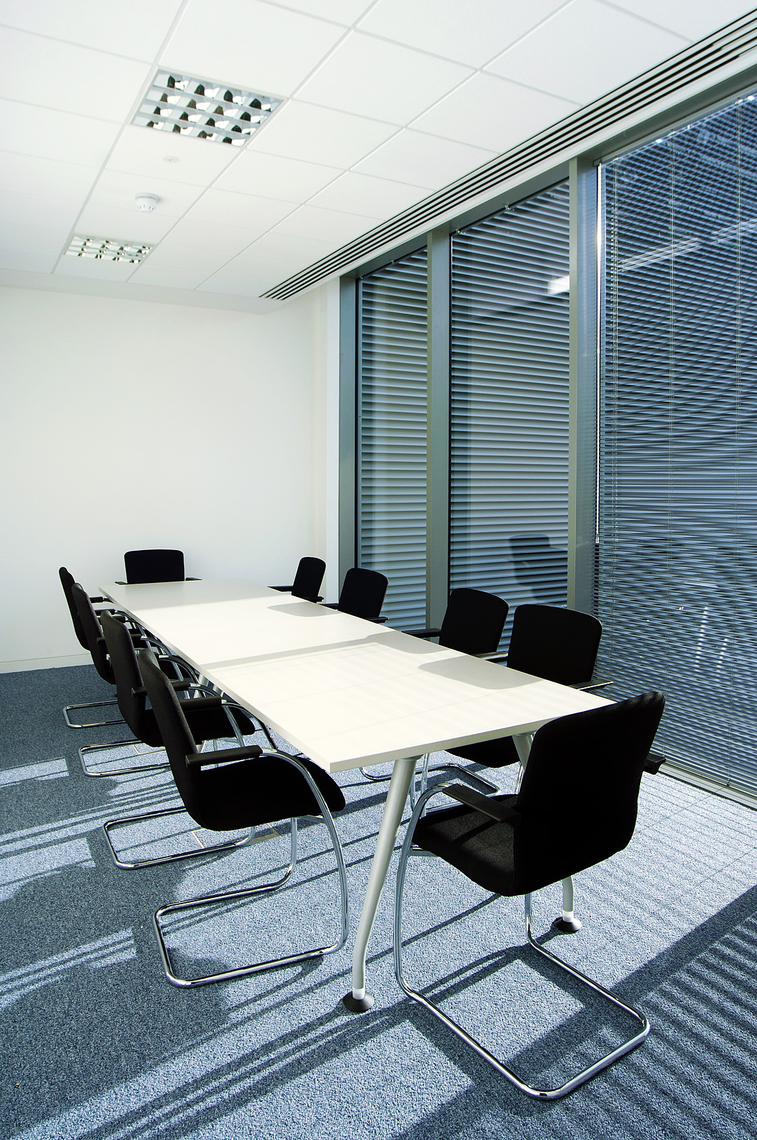 Diakin Meeting Room