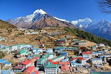 90_nepal_everest_trek_namche_bazaar.jpg