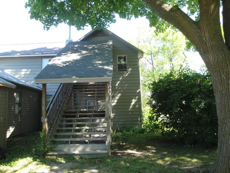 331 1/2 W. Cherry St., Mt. Pleasant MI 48858