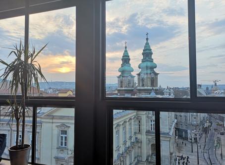 Koffie en een warm bad - Hotspots Budapest, Hongarije