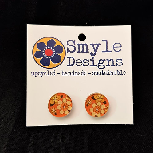Smyle Designs - Circle Stud Earrings