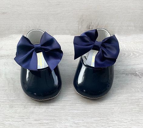 Baby girl large bow shoe (Navy Blue)