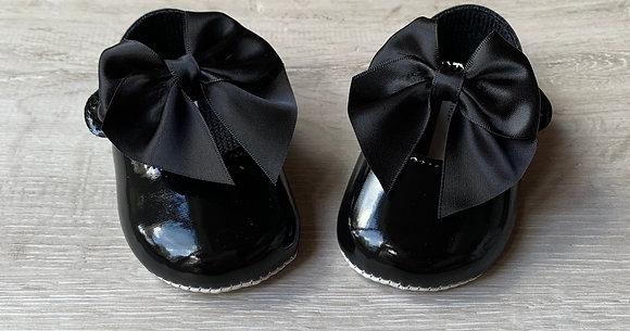 Soft Sole Large Bow shoes (Black)