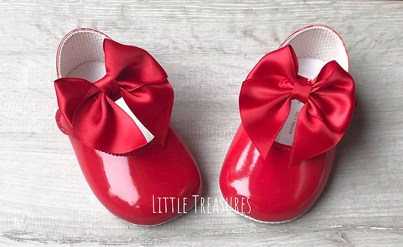 Red soft sole shoes