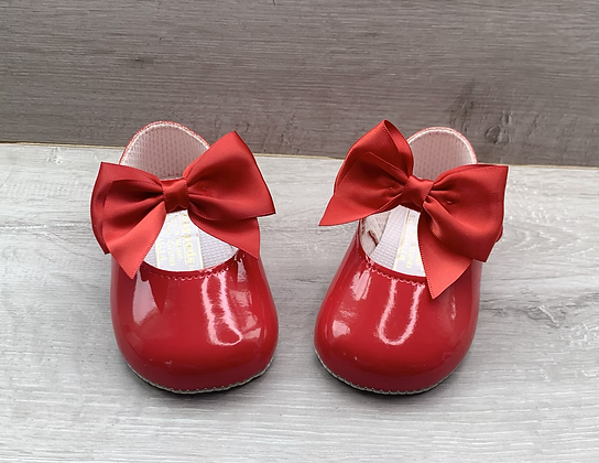 Copy of Baby girl large bow shoe (Red)