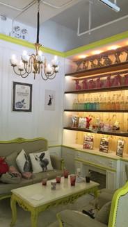 Beauty tea cafe