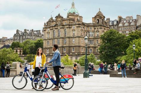 Hire cycles in Edinburgh