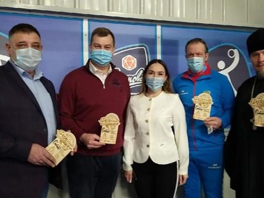 Геннадий Малышев пожелал честной  игры участникам турнира по флорболу