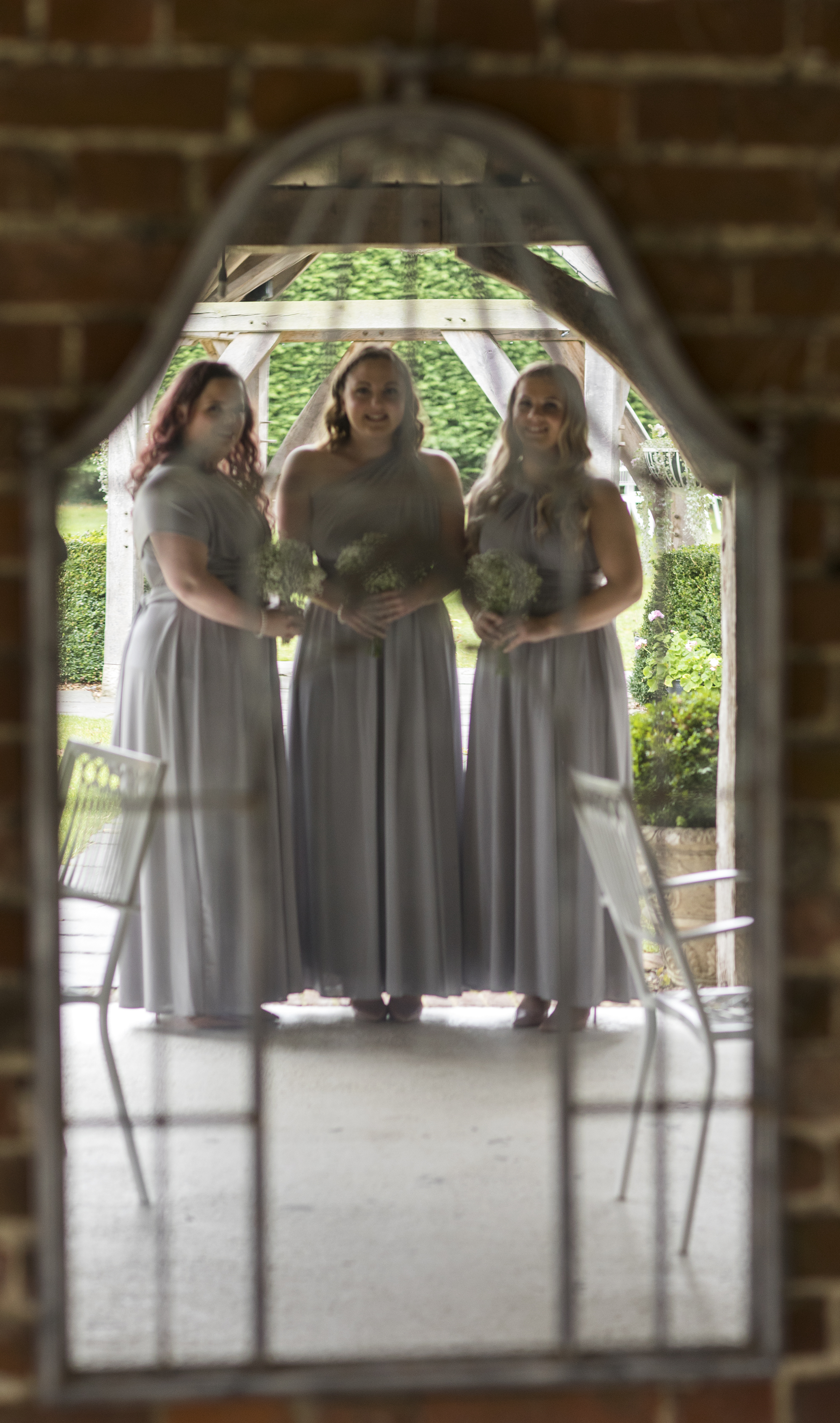 Bridesmaids through the mirror