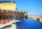 Le Gray Hotel : Piscine extérieure sans chlore, aucune odeur de chlore autour, meilleur confort de baignade !