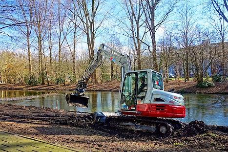 excavator-hire-mini-digger-hobart.jpg