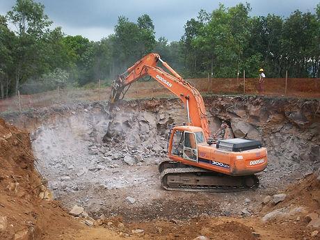 excavator-digging-foundation-hobart.jpg