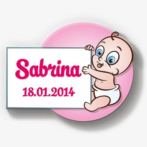 Baby ♀ hält Schild