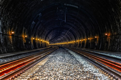 tunnel-4427609_1920