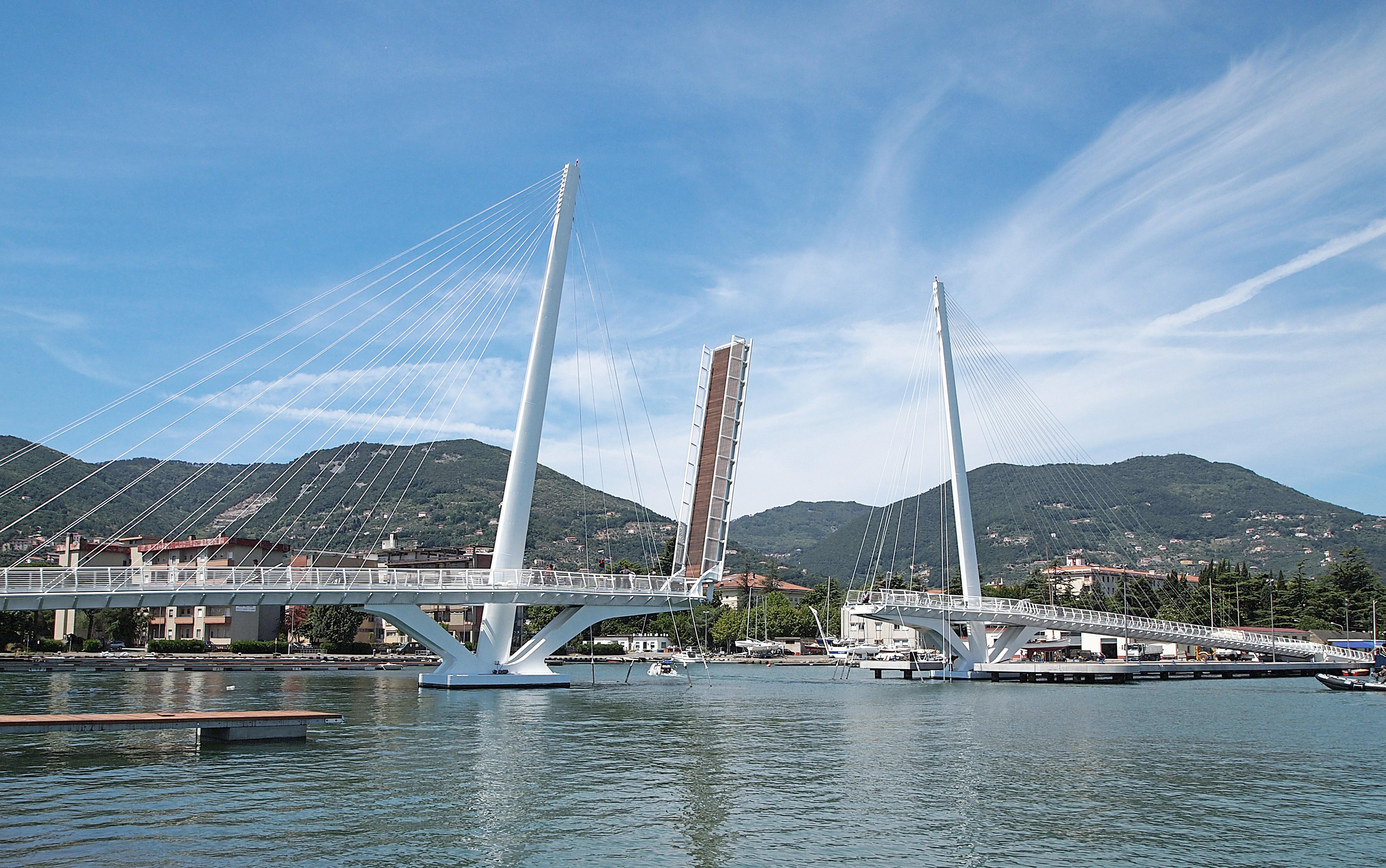 ponte aperto da rampa Mirabello_Rit.jpg