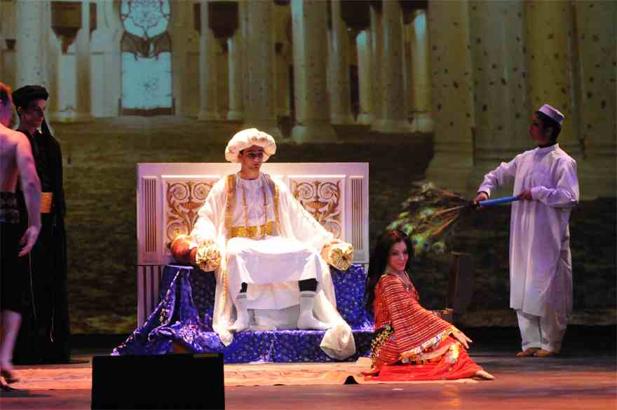 Along the silk road, Theatre show
