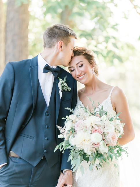 L&Z Wedding - Bride & Groom-25.jpg