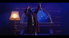 spectacle de noel, magicien bordeaux, ruban bouche long