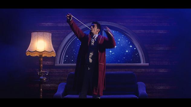 spectacle de noel, magicien bordeaux, début ruban bouche