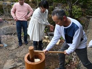 12/26 里山のお餅つきとしめ飾りづくり