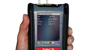 Zephyr III Auto Ranging, Auto Zeroing Digital Micromanometer