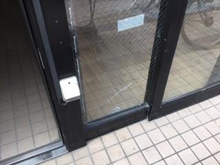 葛飾区 奥戸 ガラス修理前