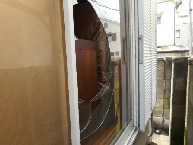 足立区 関原窓ガラス修理・交換