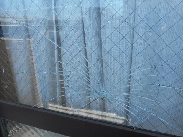 足立区 加平 窓ガラス交換