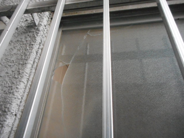 葛飾区 高砂 ガラス修理前