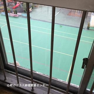 台東区 寿 保育園のガラス修理後