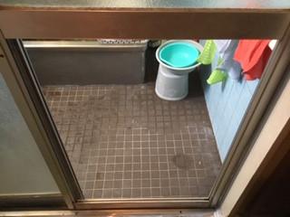 台東区 根岸 浴室のガラス修理・交換